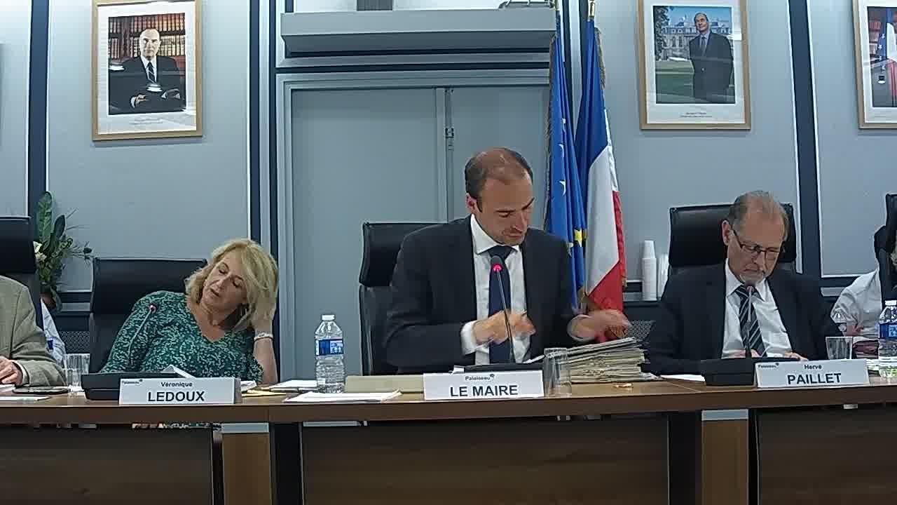 Enquête publique - Etablissement de servitudes radioélectriques - Centre radioélectrique de Palaiseau : avis de la commune