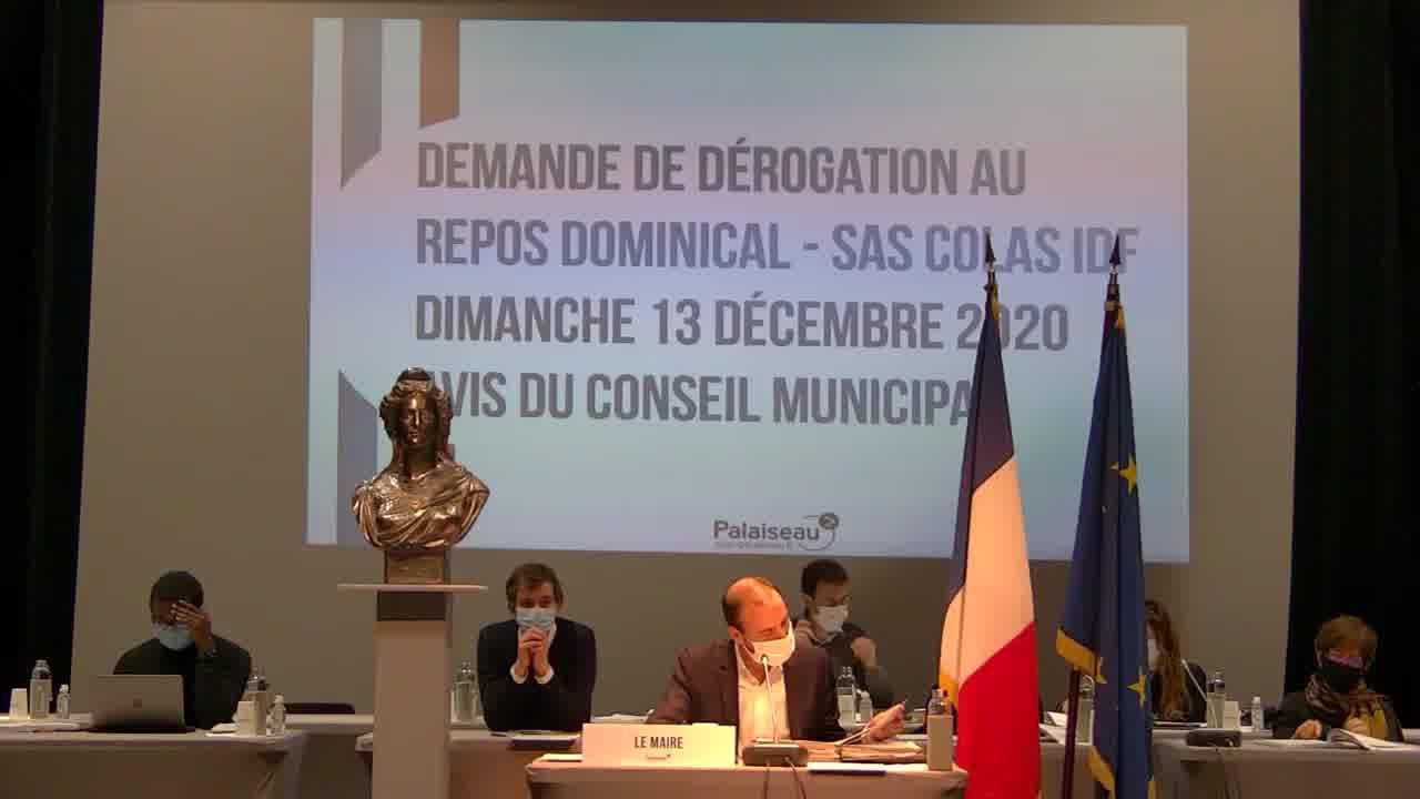 Rétrocession par Paris-Saclay Aménagement à la Commune d'une salle associative nommée ' La Rigole ' et du square attenant situés dans le Quartier Camille Claudel