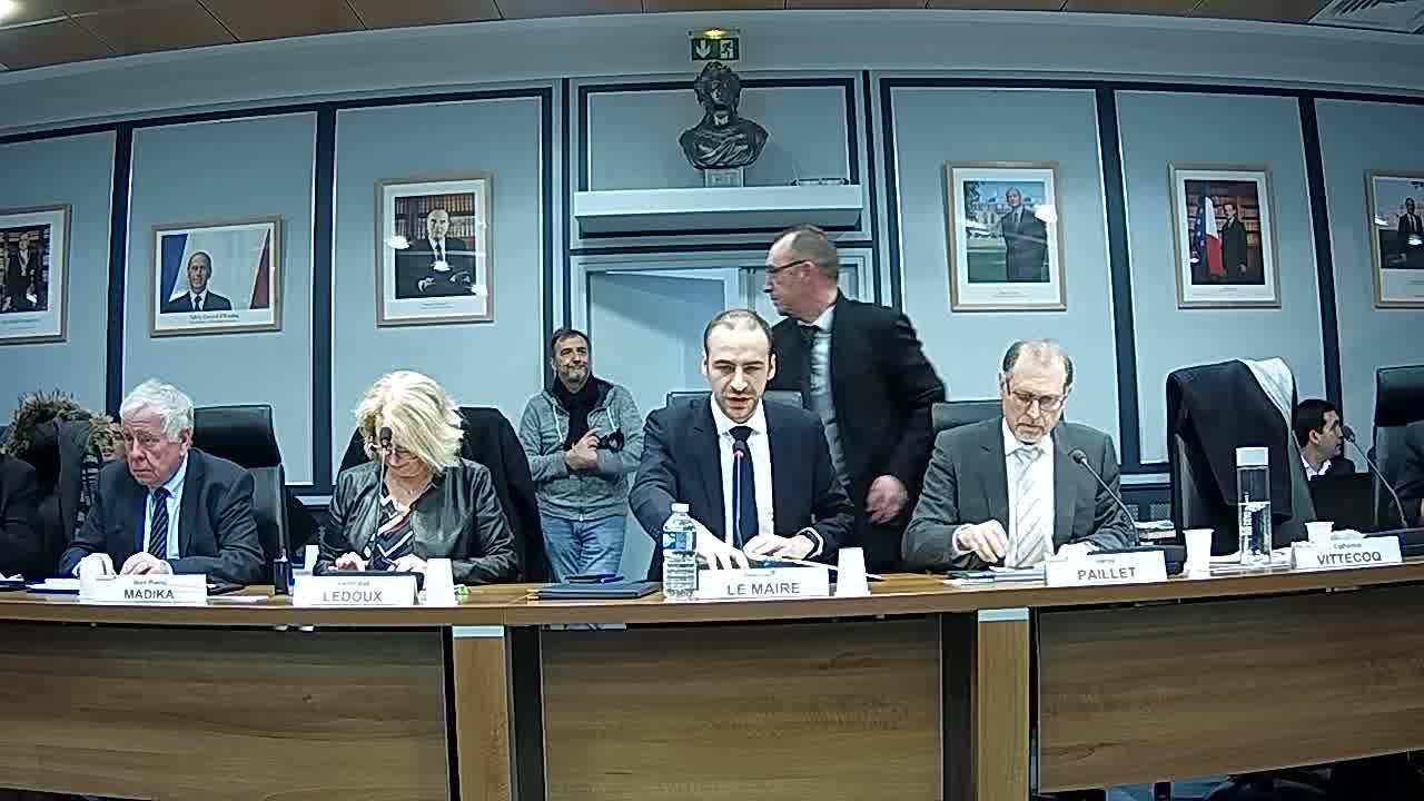 Appel des présents et Information sur la délégation donnée au Maire dans le cadre de l'article L.2122-22 du code général des collectivités territoriales (décisions n°2018-01-12 à 2018-02-23)