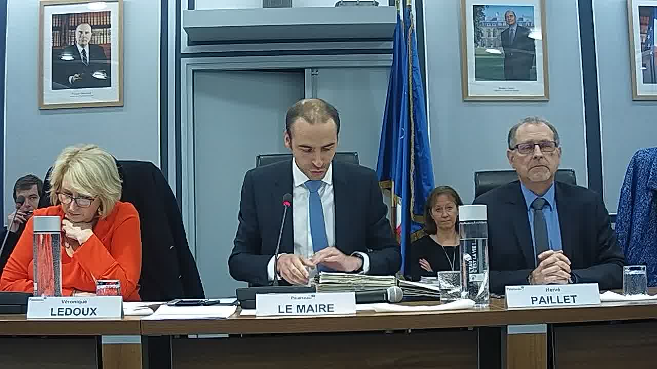 Information sur la délégation donnée au Maire dans le cadre de l'article L.2122-22 du code général des collectivités territoriales (décisions n°2018-10-258 à 289) / Budget Ville - Autorisation de dépenser en investissement avant le vote du budget 2019
