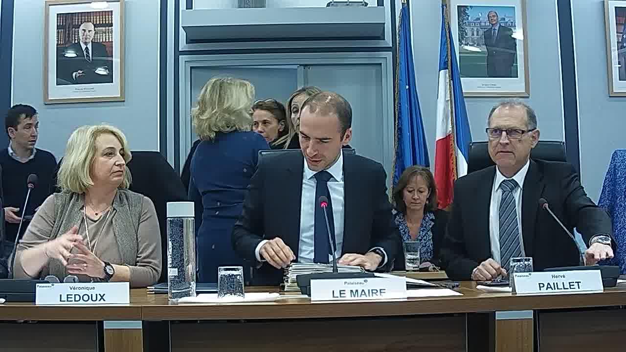 Appel des présents / Information sur la délégation donnée au Maire dans le cadre de l'article L.2122-22 du CGCT (décisions n°2018-08-202 à 2018-10-257) / Adoption du procès-verbal du conseil municipal – Séance du 24 septembre 2018