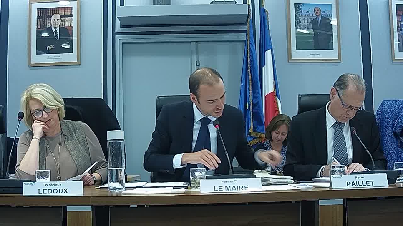 Consultation n°2018-CC-01 : Concession de service pour la mise à disposition et l'exploitation de mobiliers urbains pour la Ville de Palaiseau – Approbation du choix du concessionnaire